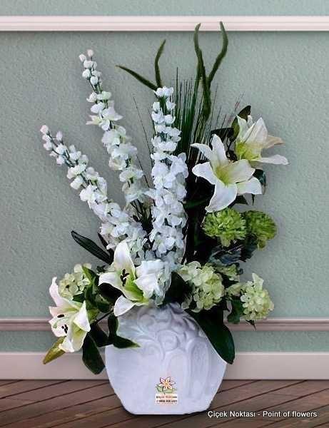 Yapay çiçeklerden Aranjman çiçek Noktasi Online çiçek Siparişi